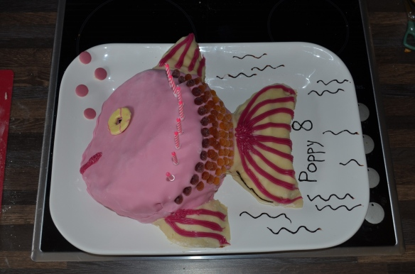 easy fish birthday cake tutorial