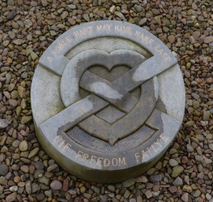 heart of Robert the Bruce Melrose Abbey